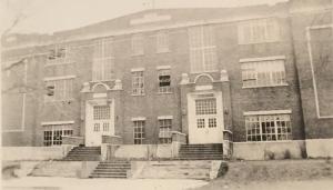 Frontenac-Schools-old-building